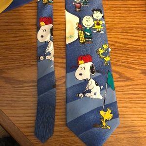 NWT Peanuts Snoopy Silk Golf Themed Tie